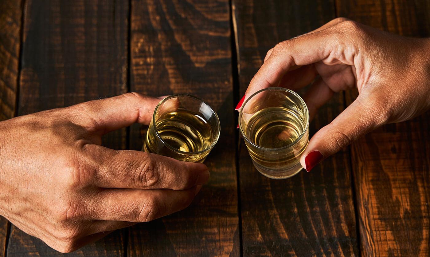 Trinkspiele zu zweit Paar