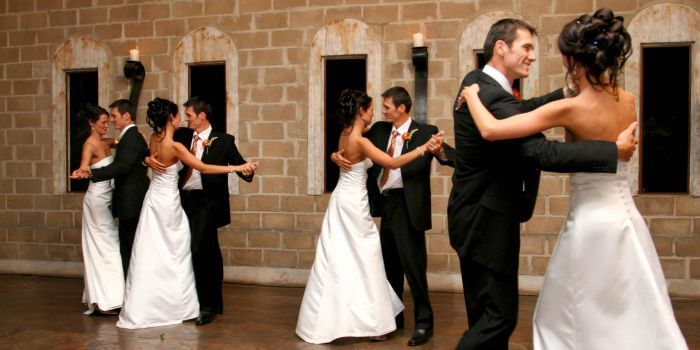 Hochzeitswalzer tanzen
