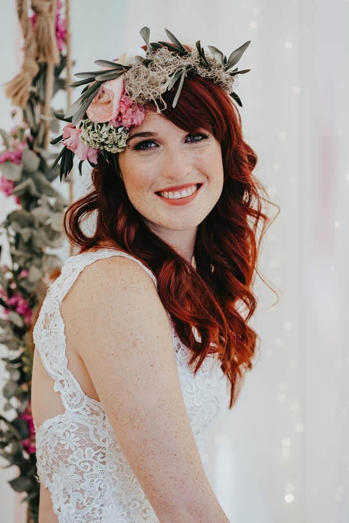 Hochzeit Blumenkranz Haare