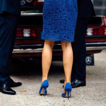Blaue Schuhe zur Hochzeit
