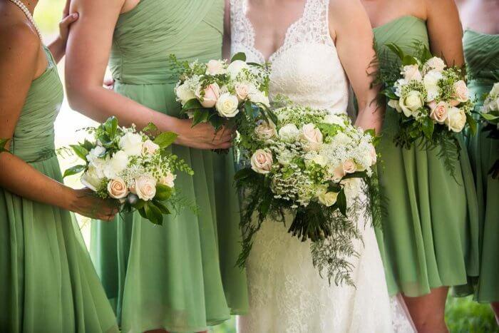 Brautjungfernkleider in grün