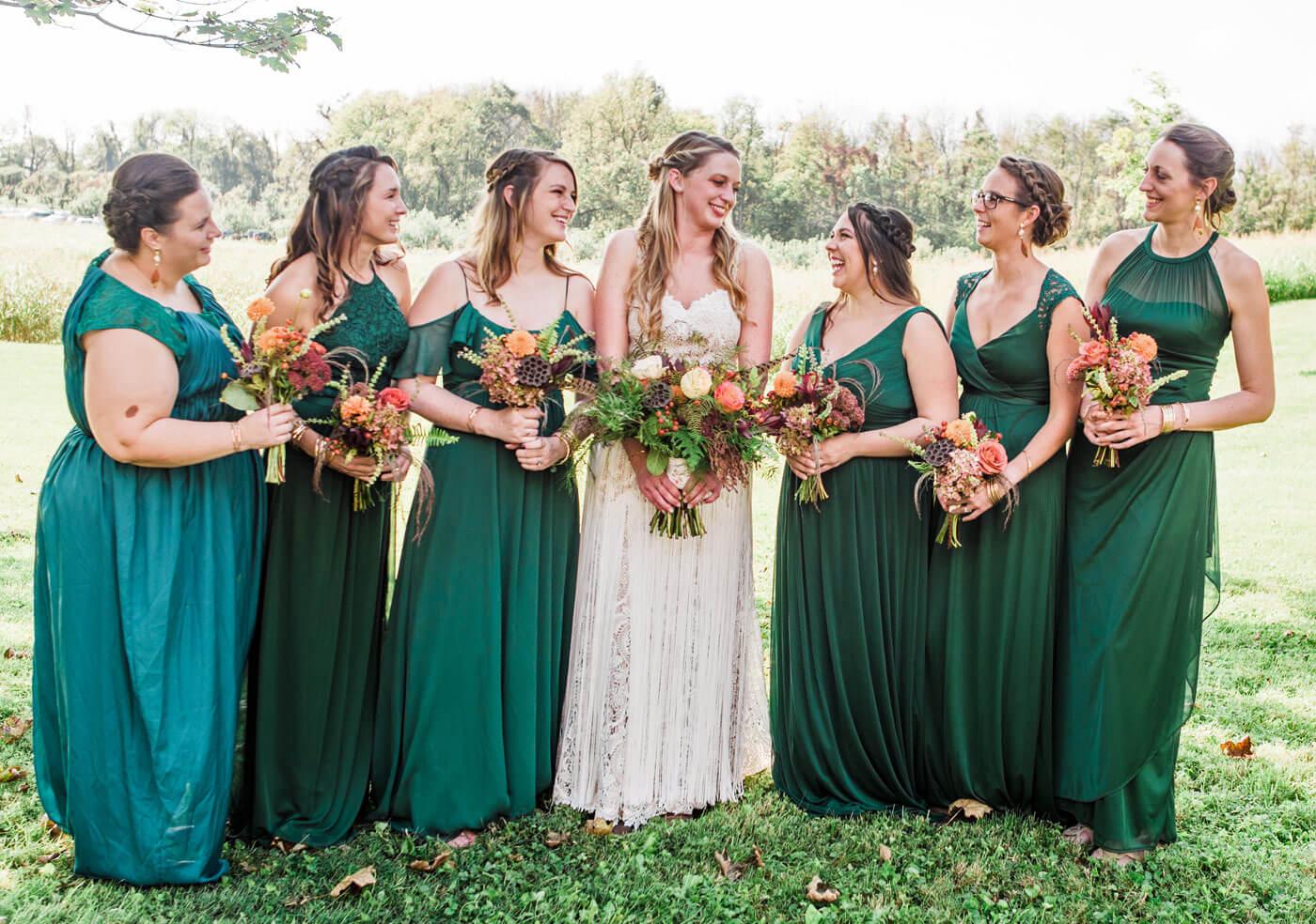 brautjungfernkleider in grün – ein must-have für alle, die