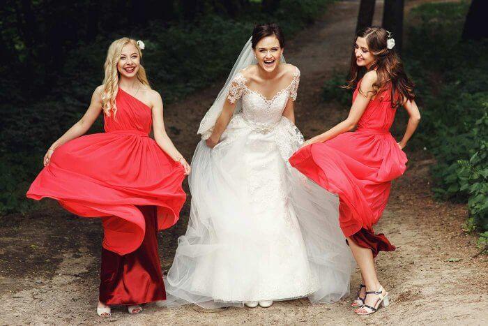 Rotes Brautjungfernkleider