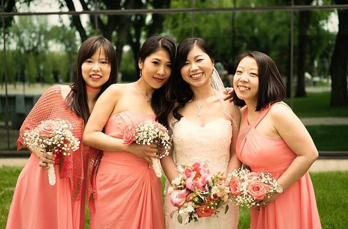 Brautjungfernkleider Lachs