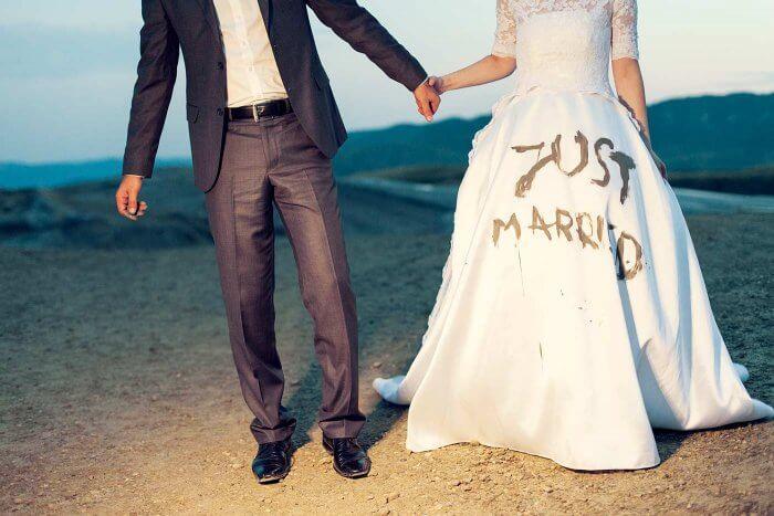 Brautkleid für die Reinigung