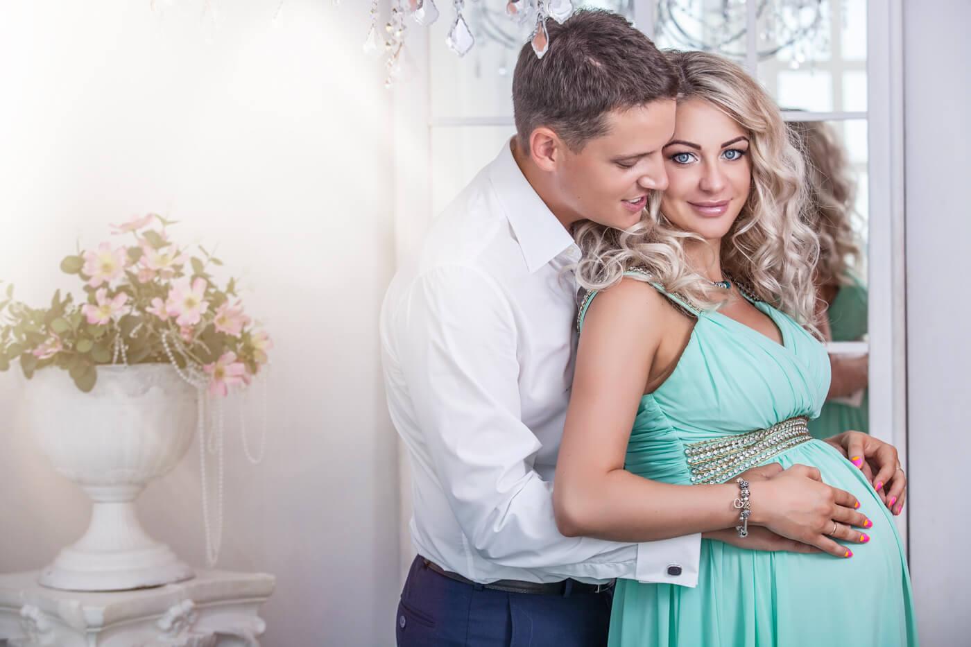 Brautkleider für Schwangere richtig aussuchen  Wichtige Infos & Tipps