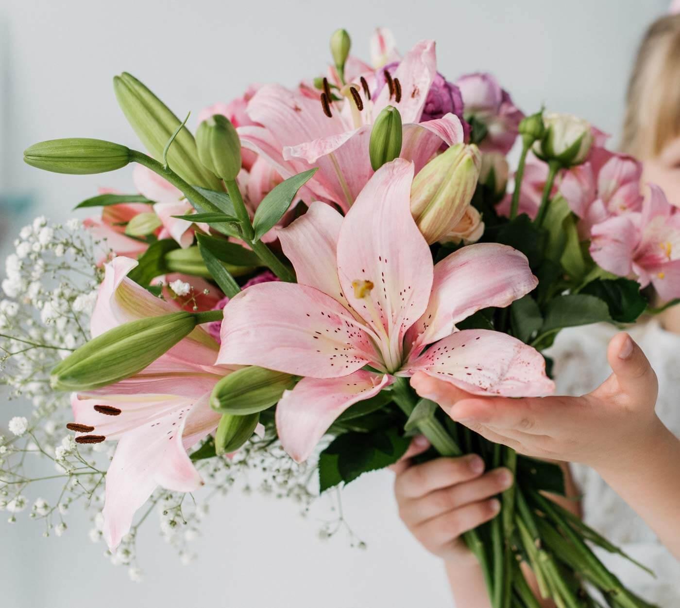 Lilien Hochzeitsstrauß
