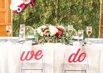 Wer sitzt am Brauttisch?
