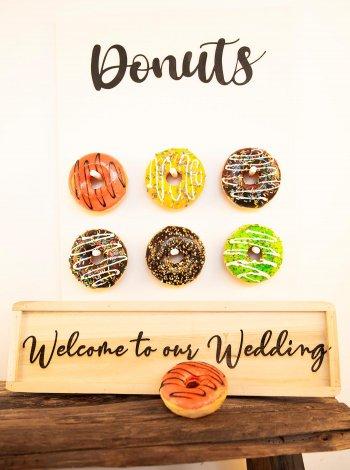 Donuts Holzschild
