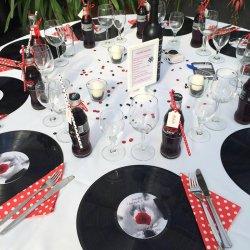 Rockabilly Hochzeit Tischdeko