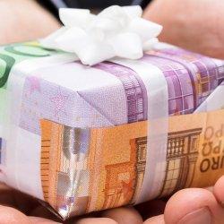 Wieviel Geld schenkt man zur Hochzeit?