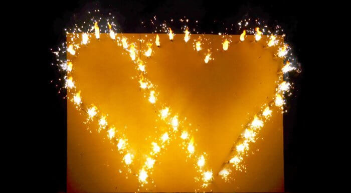 Brennendes Herz Hochzeit