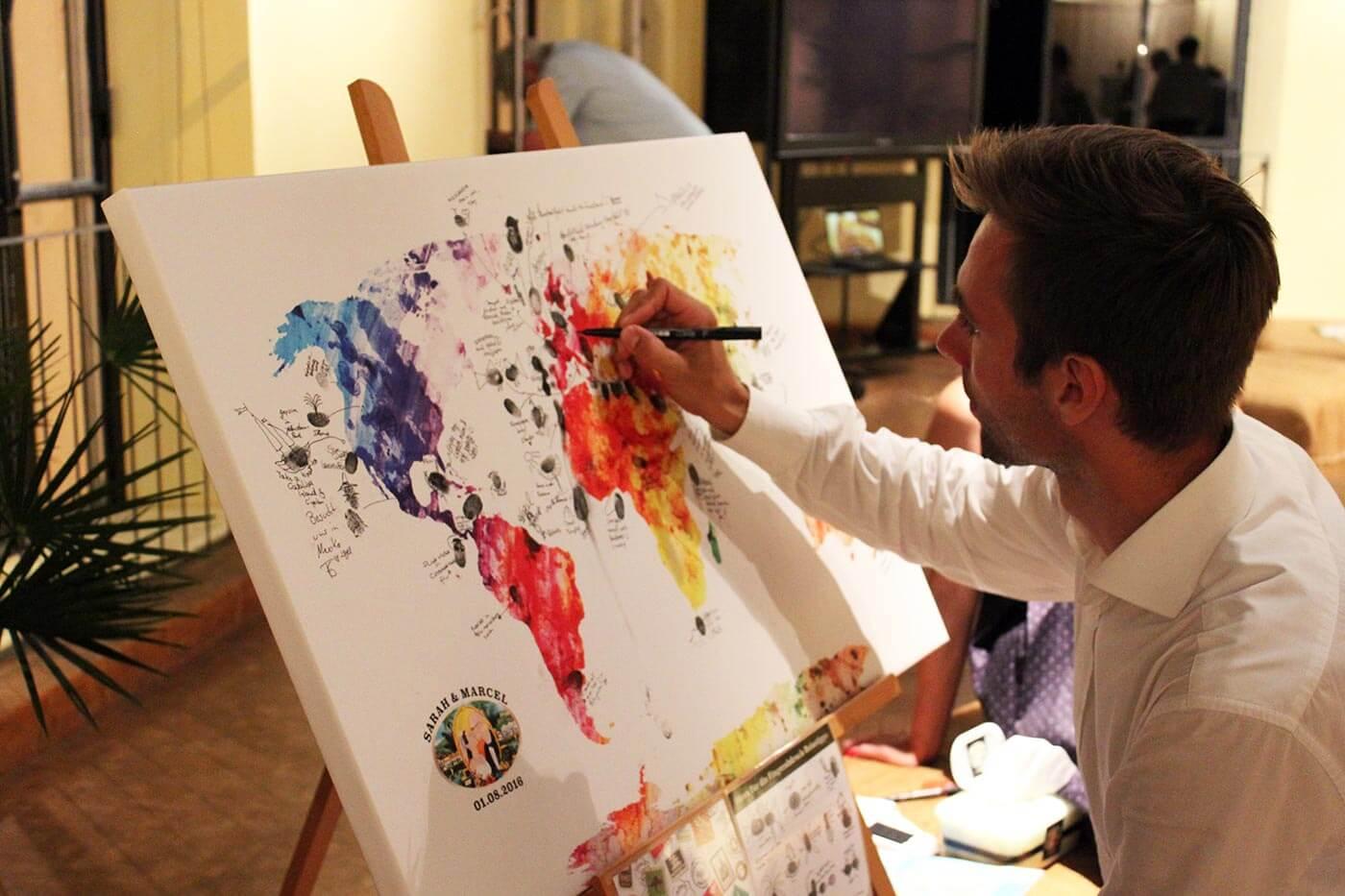 Weltkarte Fingerabdrücke