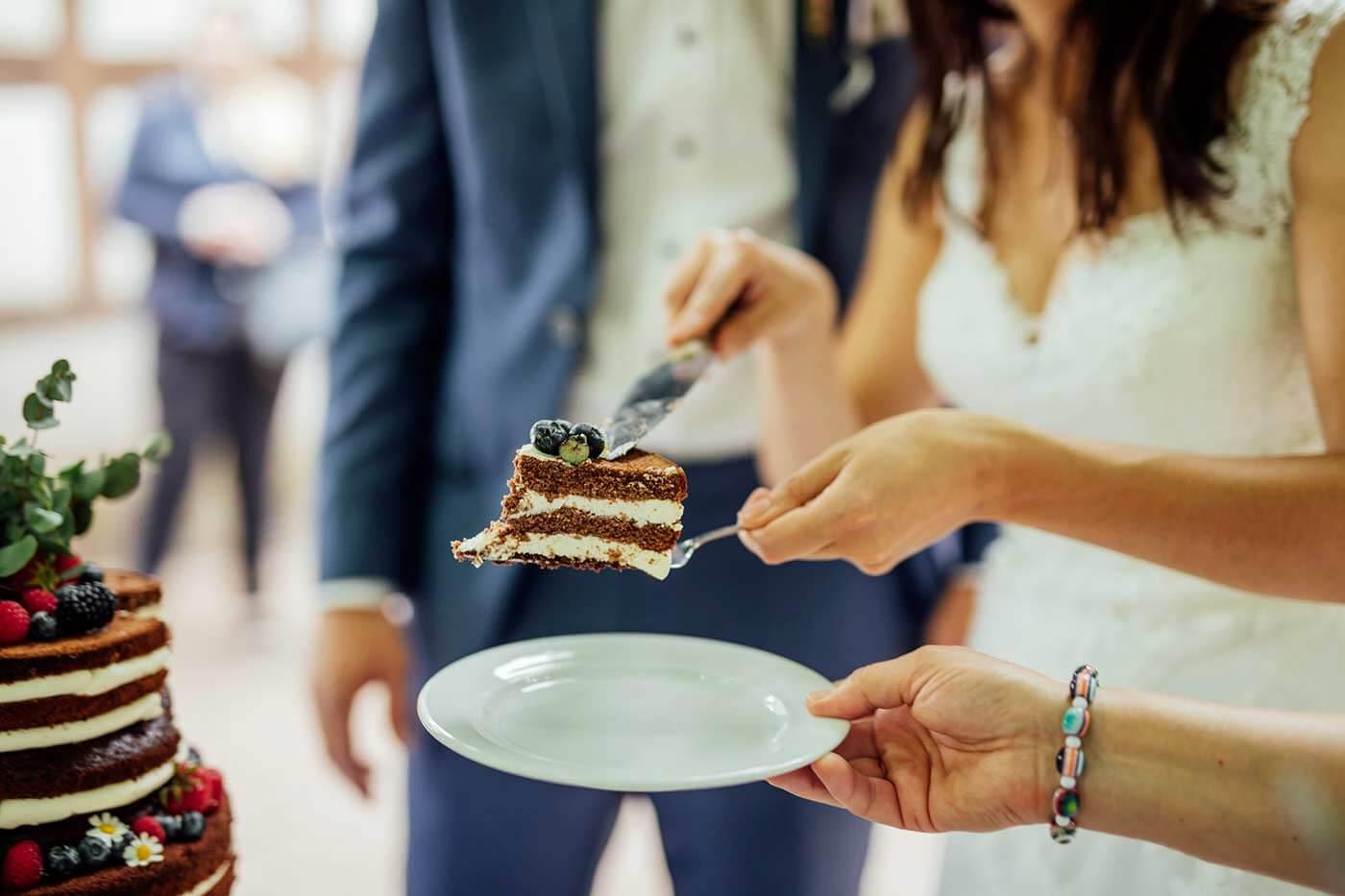 Wann Hochzeitstorte anschneiden